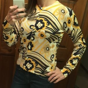 EUC Lilly Pulitzer Button Down Sweater